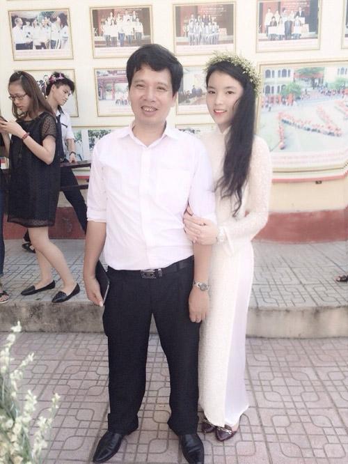 Vẻ đẹp tuổi 18 non tơ của tân Hoa hậu Việt Nam - 4