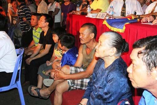 Võ đài Muay Thái ngoài trời thu hút hàng ngàn người xem - 8