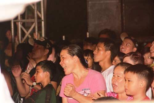 Võ đài Muay Thái ngoài trời thu hút hàng ngàn người xem - 7