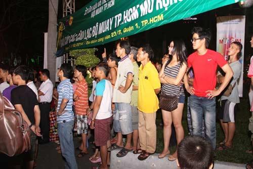Võ đài Muay Thái ngoài trời thu hút hàng ngàn người xem - 3
