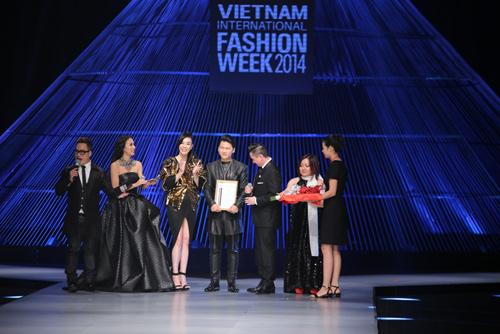 Kết màn hoàn hảo của Tuần lễ thời trang quốc tế VN - 2