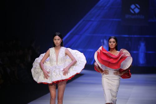 Kết màn hoàn hảo của Tuần lễ thời trang quốc tế VN - 14
