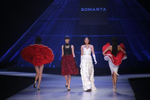 Kết màn hoàn hảo của Tuần lễ thời trang quốc tế VN - 15