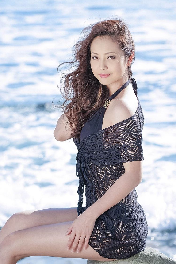 Trong sự nghiệp diễn xuất của mình, Jennifer Phạm từng gây dấu ấn với loạt các phim truyền hình: Tiếng dương cầm trên biển, Những chiếc lá thời gian (phim đóng cùng ca sĩ Quang Dũng), Xin thề anh nói thật.