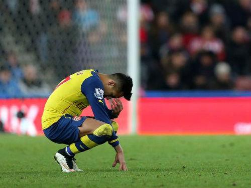 Arsenal thua trận: Khi Wenger thiếu bản lĩnh - 1