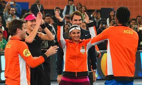 Federer rực sáng ở giải tennis Ngoại hạng - 2