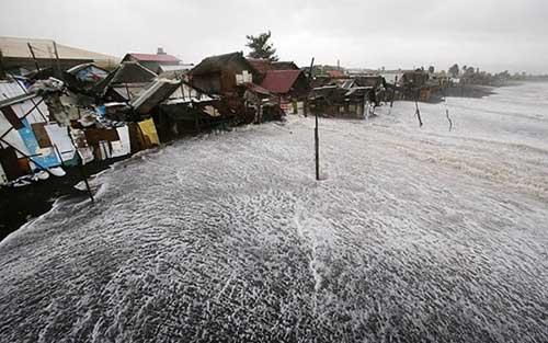 Bão Hagupit tàn phá Philippines, 2 người thiệt mạng - 1