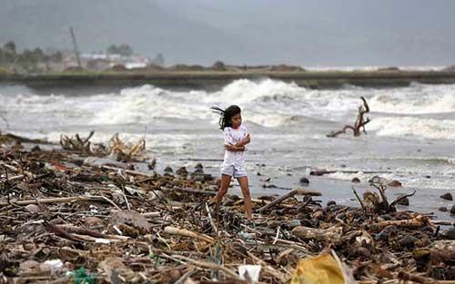 Bão Hagupit tàn phá Philippines, 2 người thiệt mạng - 6