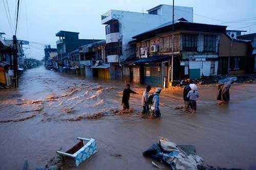 Bão Hagupit tàn phá Philippines, 2 người thiệt mạng - 8