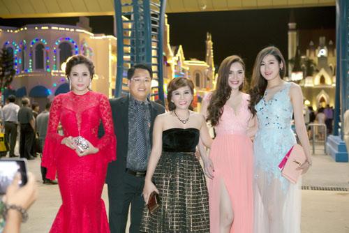 Doanh nhân Phan Thị Mai nổi bật bên dàn Hoa hậu, Á hậu - 1