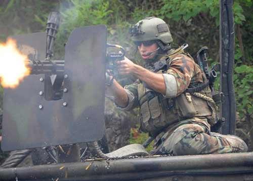 Đặc nhiệm Mỹ cứu con tin, 13 người thiệt mạng - 1