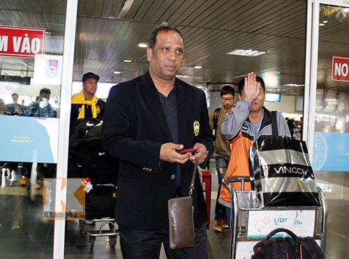 """Đội tuyển Malaysia rầu rĩ đến Hà Nội chờ """"đòi nợ"""" - 3"""