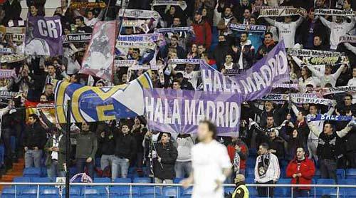 Bảo vệ Messi, Real phạt nặng fan xúc phạm M10 - 1