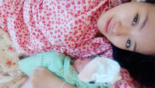 Hot girl Mai Thỏ đã sinh con gái đầu lòng - 3