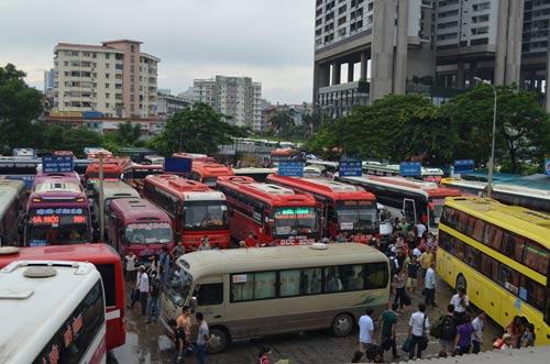 Hà Nội: Thêm 3.400 lượt xe phục vụ khách dịp Tết - 1