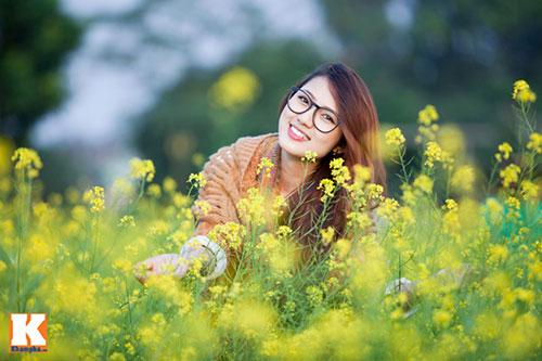 Thơ tình: Mùa hoa cải