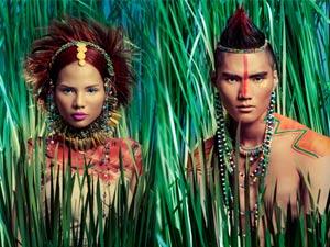 """Thí sinh Next Top Model """"hóa"""" thổ dân da đỏ"""
