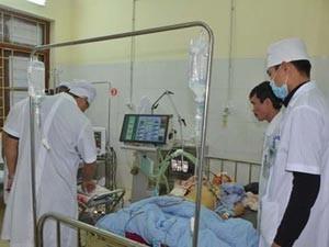 Bộ Y tế chỉ đạo tích cực cứu chữa nạn nhân vụ tai nạn thảm khốc tại Quảng Ninh
