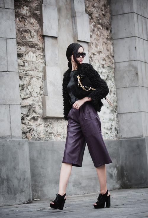 Hoa hậu Thùy Dung cá tính dạo bước trên phố Hà Nội - 2