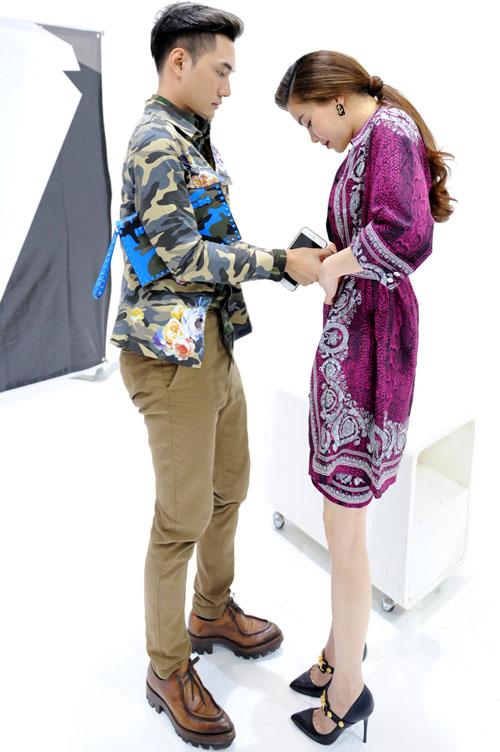 NTK Lý Quí Khánh quỳ gối sửa váy cho Hồ Ngọc Hà - 7