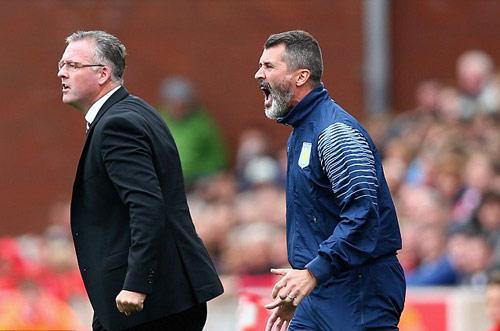 Roy Keane hung hãn dọa đánh Cleverley tại nhà riêng - 1