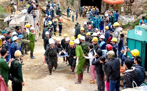 Toàn bộ 12 công nhân đã ra khỏi hầm an toàn - 6