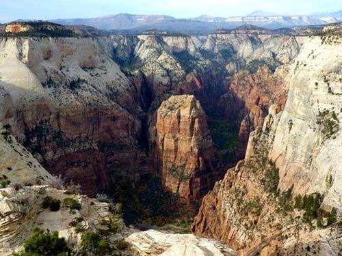 """Công viên quốc gia Zion, """"ốc đảo"""" khổng lồ ở nước Mỹ - 9"""
