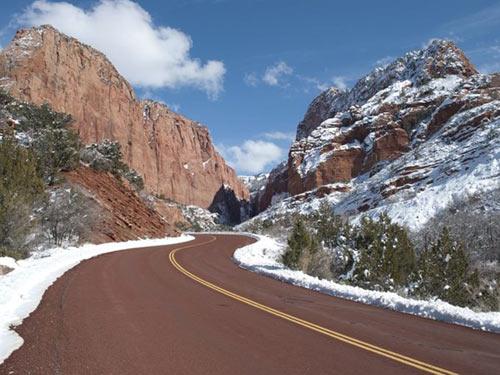 """Công viên quốc gia Zion, """"ốc đảo"""" khổng lồ ở nước Mỹ - 5"""