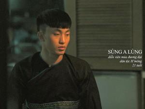 Chàng trai H'Mông đồng tính: Bố mẹ vẫn giục lấy vợ