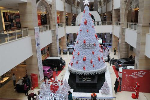 """Ngắm những cây thông """"khủng"""" nhất mùa Giáng sinh 2014 - 13"""