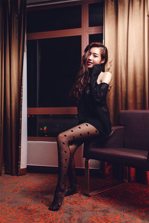 Elly Trần chào Giáng sinh với hình ảnh quyến rũ - 6