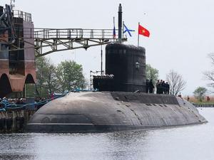 """Hạ thủy tàu ngầm Kilo 636 """"Khánh Hòa"""" HQ-186"""