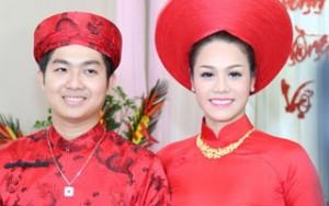 Nhật Kim Anh xinh đẹp rạng rỡ trong lễ rước dâu