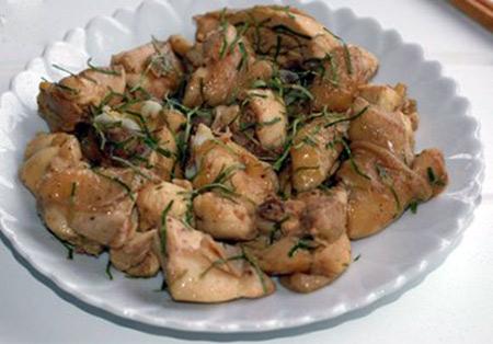 Ngon tuyệt đỉnh thịt gà rang lá chanh - 2