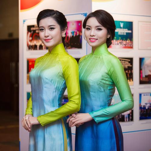 Hoa hậu Kỳ Duyên nhí nhảnh bên chân dài Thanh Hằng - 7