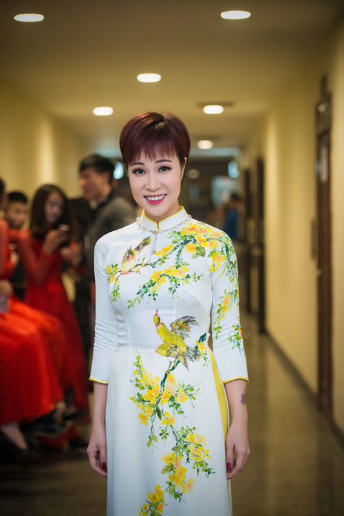 Hoa hậu Kỳ Duyên nhí nhảnh bên chân dài Thanh Hằng - 12