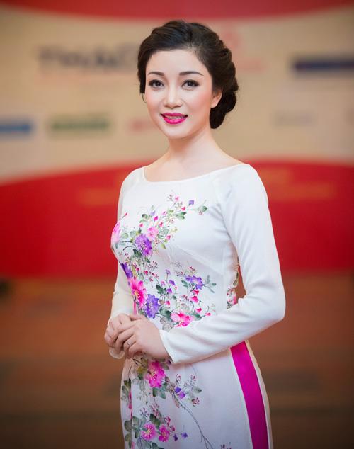 Hoa hậu Kỳ Duyên nhí nhảnh bên chân dài Thanh Hằng - 11
