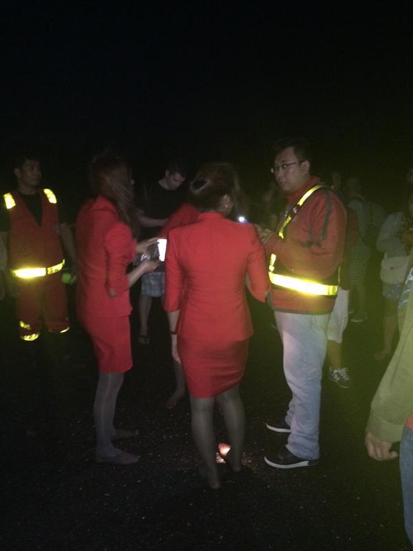 Thêm máy bay AirAsia gặp tai nạn ở Philippines - 3