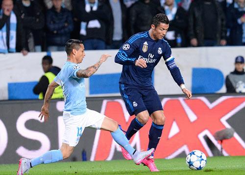 Chùm ảnh: Ronaldo hân hoan trong ngày đi vào lịch sử - 1