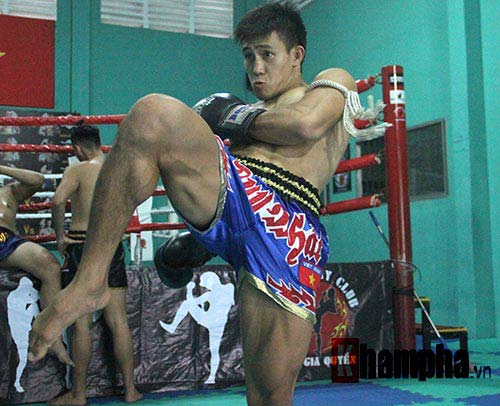 Võ sỹ Duy Nhất tung chiêu Muay Thái cực đỉnh - 5