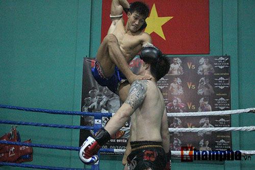 Võ sỹ Duy Nhất tung chiêu Muay Thái cực đỉnh - 7