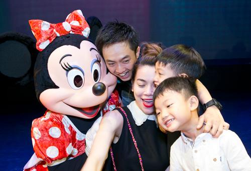 Quốc Cường hạnh phúc bên Hồ Ngọc Hà và con trai - 2