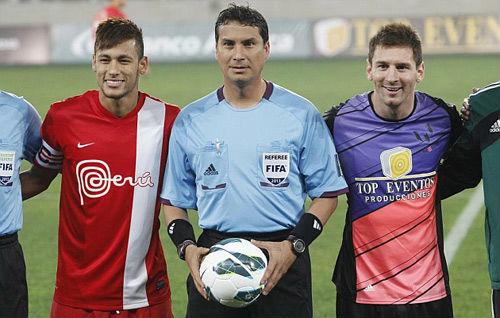 "Messi khởi kiện tờ El Mundo vụ ""trốn thuế"" - 1"