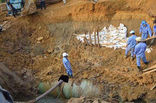 """HN vỡ đường ống nước liên tiếp: """"Chúng tôi đã làm tròn trách nhiệm"""" - 1"""
