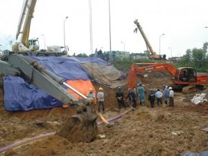 Tin tức trong ngày - Thêm 2 vết nứt đường ống dẫn nước từ sông Đà về Hà Nội