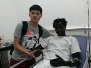 Bóng đá - Tha thứ cho Thanh Hào, Abass được đề cử giải Fair Play