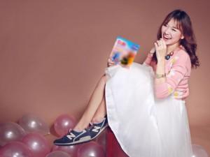 Bạn trẻ - Cuộc sống - Hot girl Hariwon nhí nhảnh làm mẫu ảnh