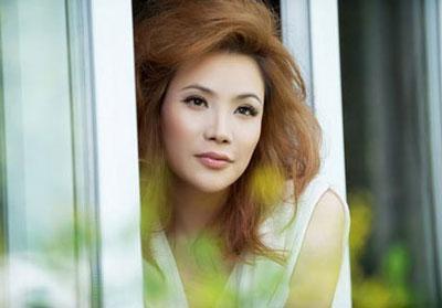 Vì sao một số sao nữ Việt đang nổi tiếng lại đua nhau giải nghệ? - 8
