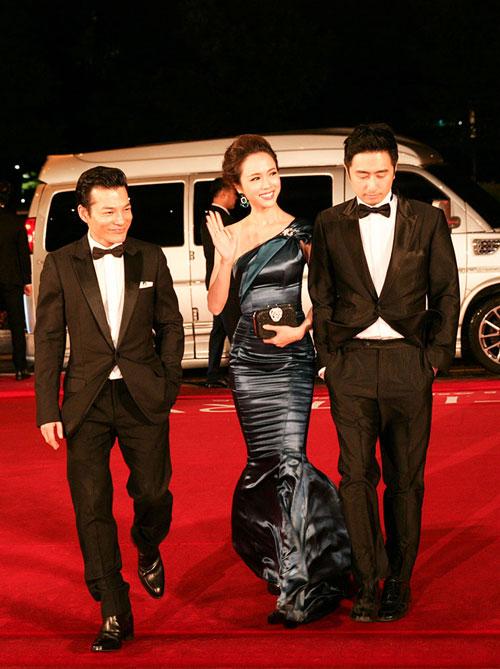 Vũ Ngọc Anh khoe sắc bên dàn mỹ nhân Hàn tại LHP Busan - 2