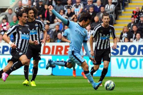 """Man City - Newcastle: """"Rũ bùn"""" đứng dậy - 2"""